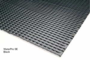 WaterPro SE Black Slip-Restant Mat for Areas With Water